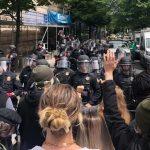 Protestas revelan que la brutalidad policiaca no ha cesado pese al descontento y la presión social