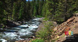 Aventurate a recorrer Icicle Creek, una joya natural muy cerca del pueblo bávaro de Leavenworth