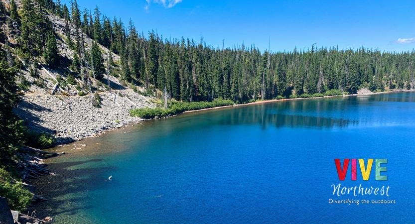 En este momento estás viendo Todos conocen el Crater Lake, pero ¿has escuchado acerca del Waldo Lake?